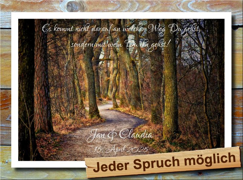 Waldweg zur Liebe im Wald