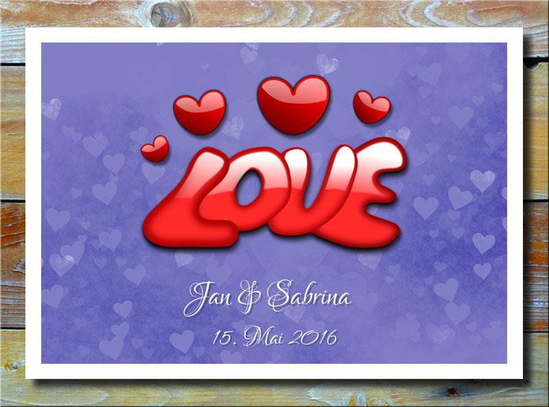 Love auf Herzen in Blau