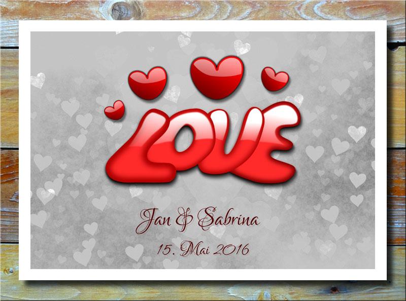 Love auf Herzen in Silbergrau
